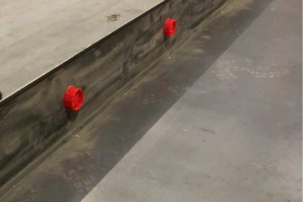 Use of hotmelt on concrete